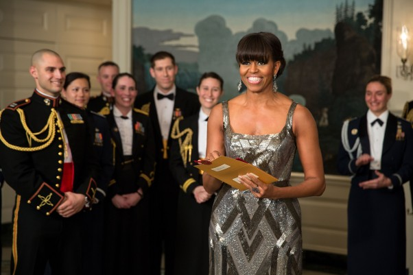 First-Lady-Michelle-Obama-Announces-Best-Picture-Oscar-Winner-Argo-during-the-Academy-Awards-602x401